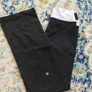 Lululemon Groove Pant Flare Yoga Pants - Size 4